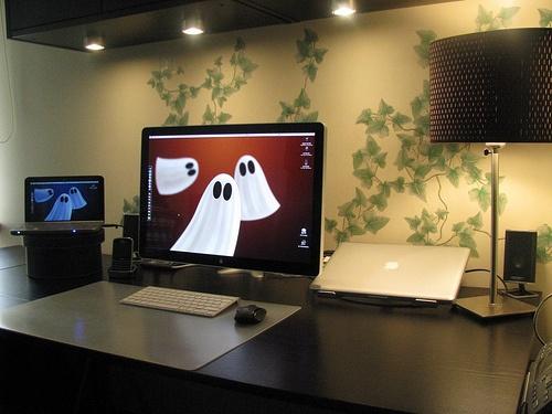 Desktop by Psleda