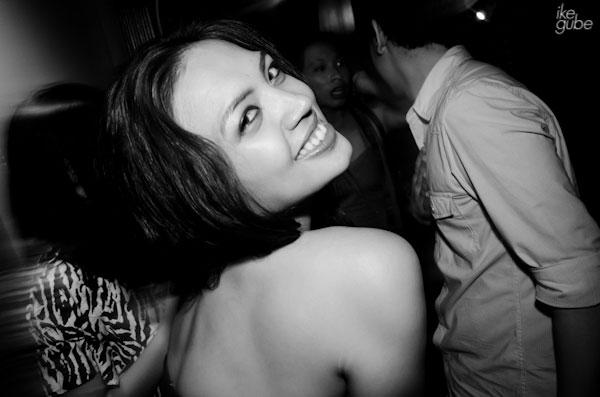 Party photo tip: Jaunty Angle Example 2
